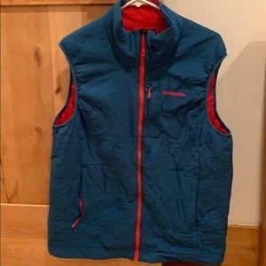 Patagonia men's vest sz Large